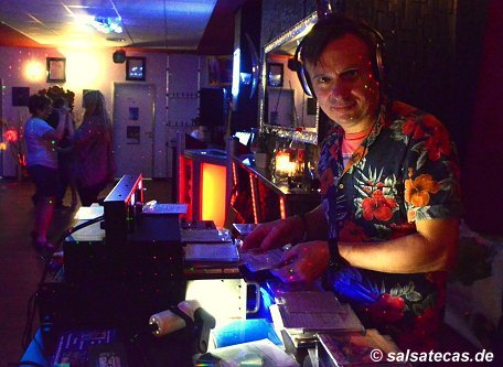 Salsa DJ Bogo im Time Out in Eschweiler